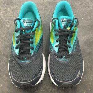 Brooks Womens Sz 9 Launch 4 Running Shoes